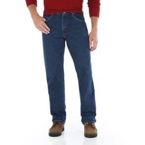 NWT Wrangler Relaxed Fit 5 Star denim jeans 34x34